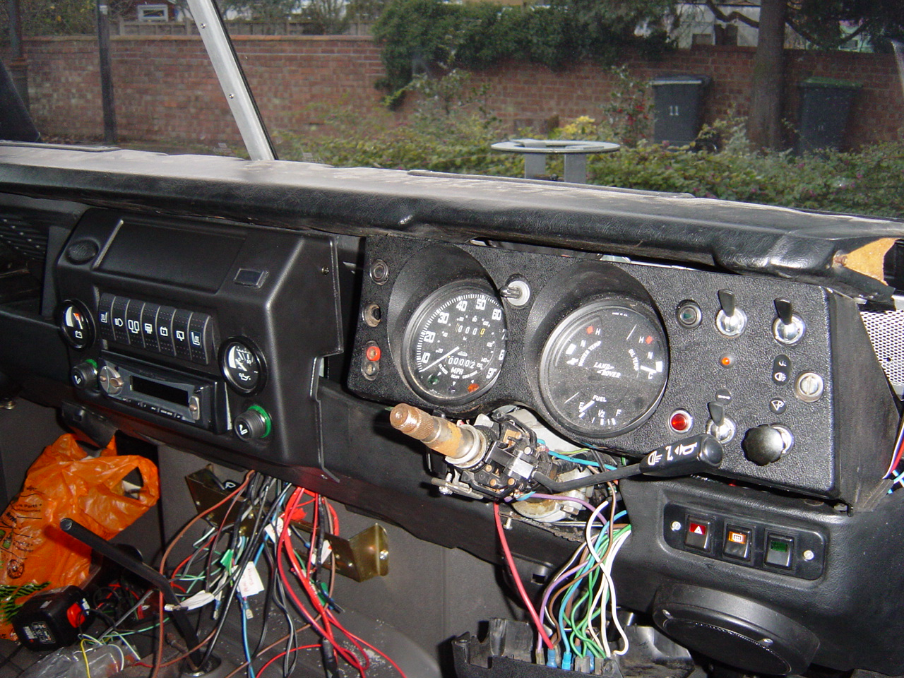 Fuse Box Land Rover Series 3 Free Wiring Diagram For You Defender2net View Topic In Car How To Owner U2022 Standard Dash Layout
